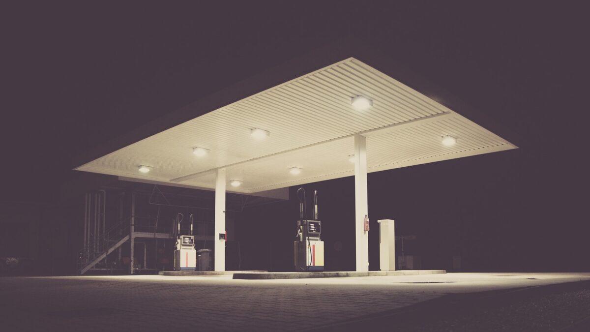 V Hodoníně uniká plyn z benzínové čerpací stanice