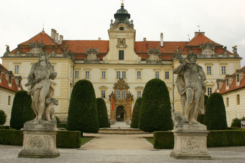 Na zámek do Valtic